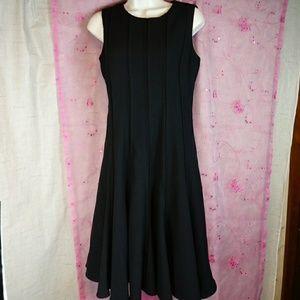 Calvin Klein 6 Sleeveless Black Mermaid Hem Dress